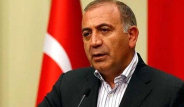 Gürsel Tekin: ''Kuzey İstanbul projelerinin çevresi imara açılmamalı''