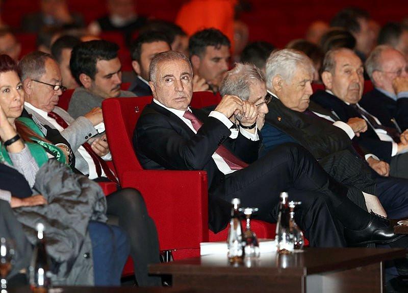 Galatasaray'a Ünal Aysal piyangosu !