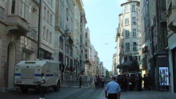Taksim'de Cumartesi Anneleri'ne polis müdahalesi