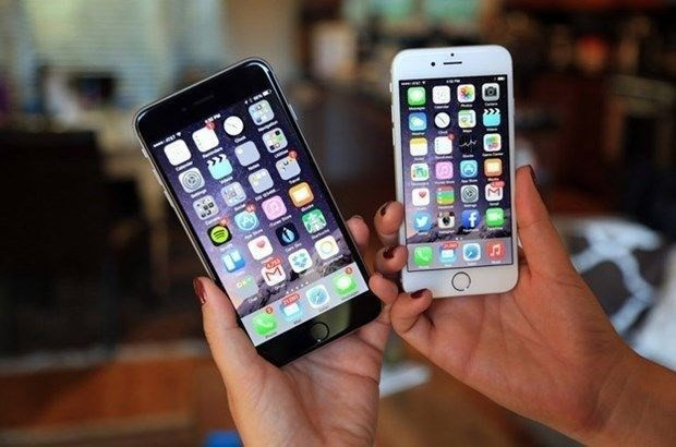 Apple'dan Türkiye için iPhone'lara gece yarısı zammı