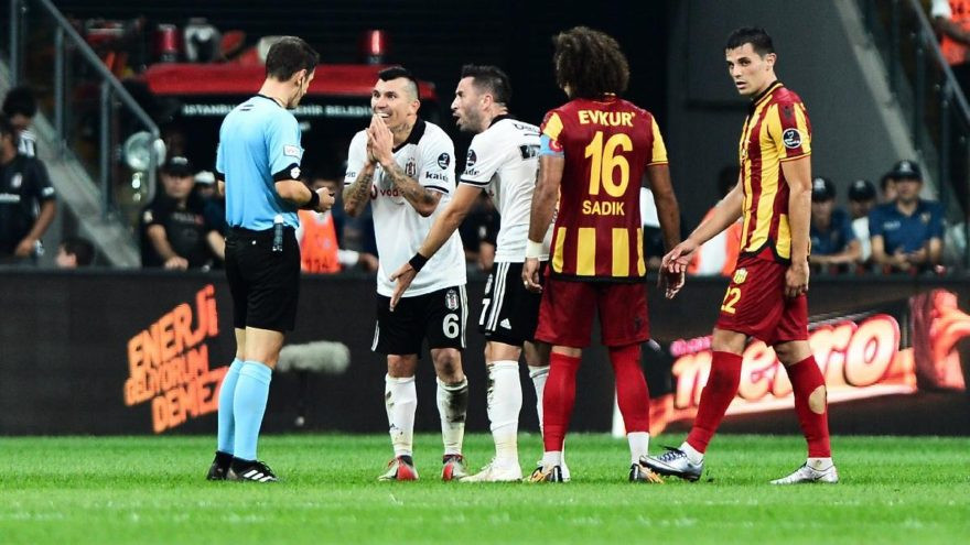 Beşiktaş'ta Medel şoku !