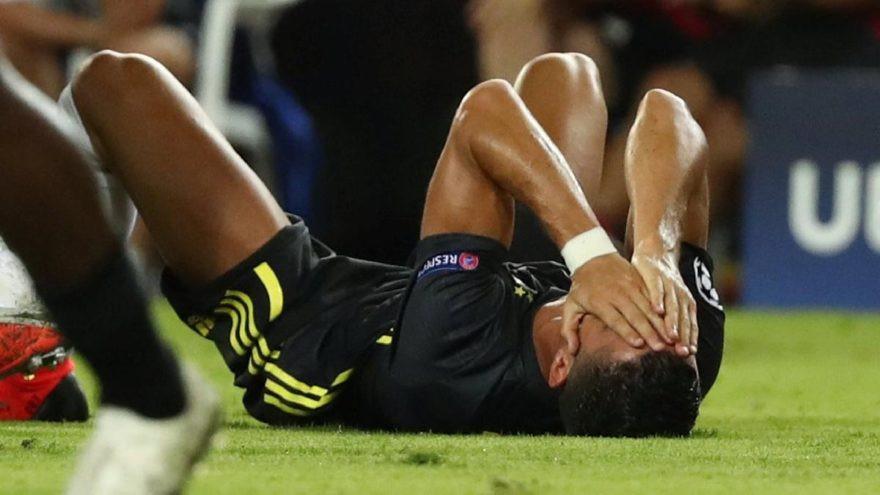 Ronaldo'nun ablasından kırmızı kart isyanı !