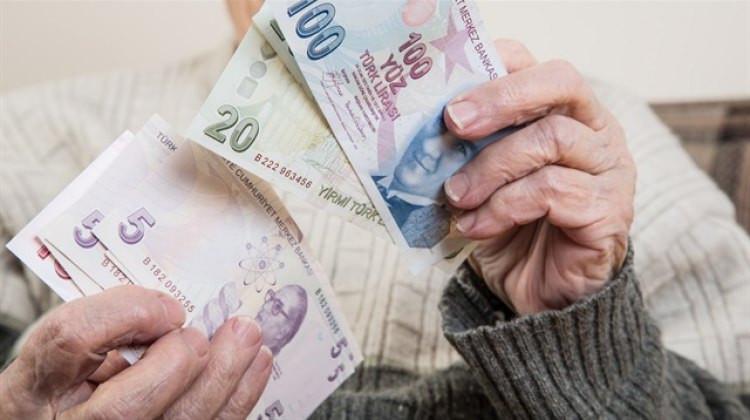 Zam hesapları tamam ! Hangi emekli ne kadar zam alacak ?
