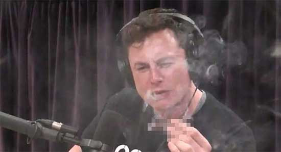 Elon Musk canlı yayında uyuşturucu içti