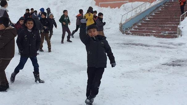 Eğitime kar engeli ! O ilimizde okullar tatil edildi