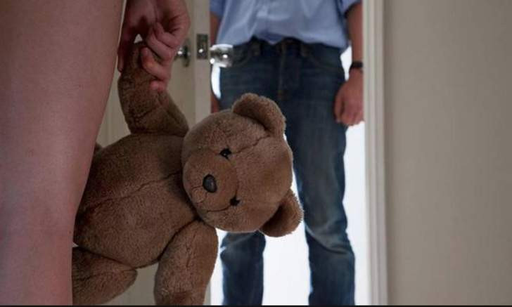 ''Öz babam bana defalarca tecavüz etti''