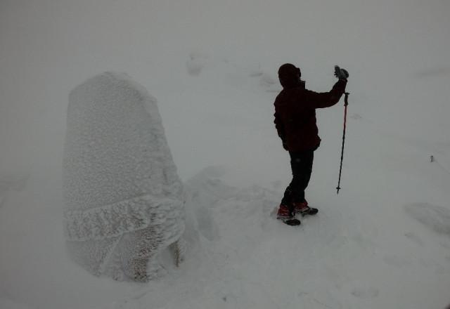 Öyle soğuk ki, heykeller bile buz kesti - Resim: 1