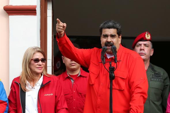 Erdoğan'dan destek mesajı: Maduro kardeşim ! Dik dur, yanındayız