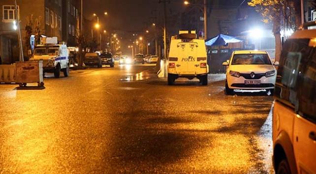 Diyarbakır'da bombalı saldırı ! Gözaltılar var