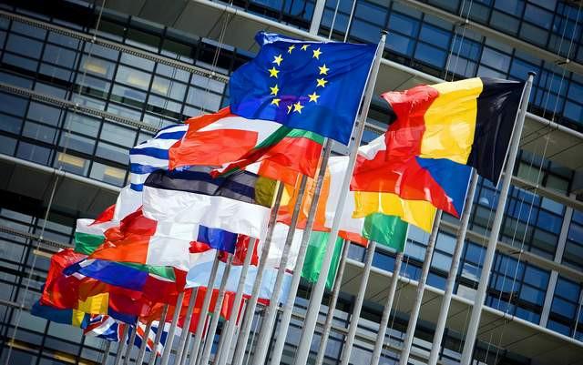 Avrupa'da hangi ülke kaç paraya vatandaşlık satıyor ?