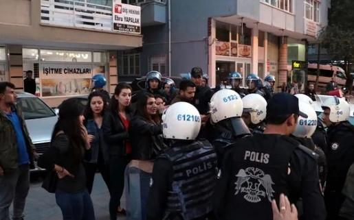 Harekatı protesto eden HDP'lilere gözaltı
