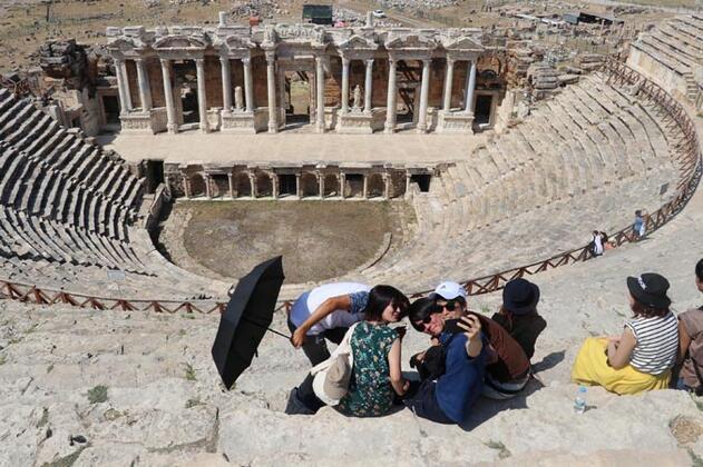 Turistler Türkiye'de o ilimize akın etti! Bu bir rekor