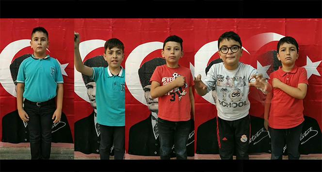 Öğrencilerden Mehmetçiğe 'Komando Andı' ile destek