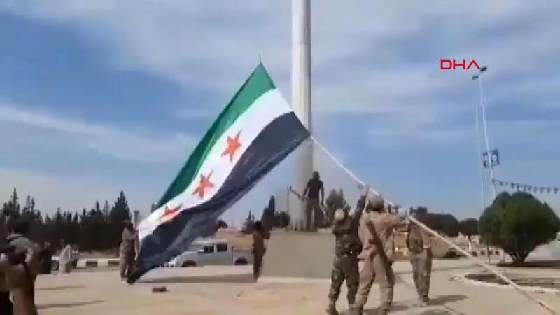 YPG paçavrası gitti, SMO bayrağı asıldı