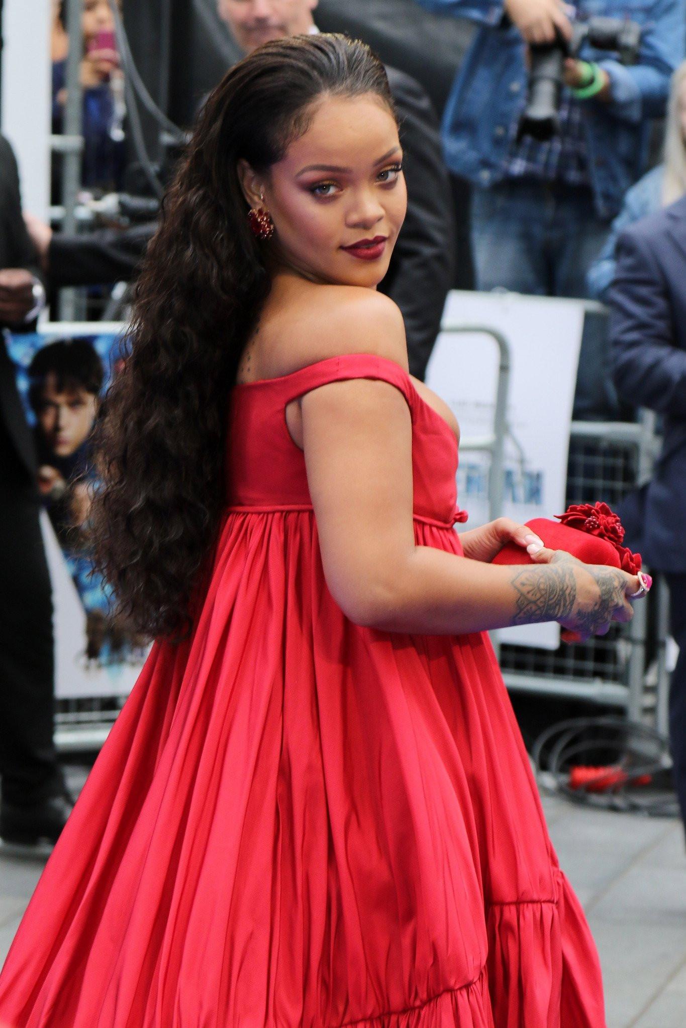 Rihanna'nın istekleri şoke etti !