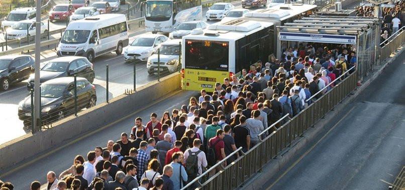 İstanbullulara müjde ! İBB'den metrobüs açıklaması