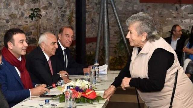 Başkan Akpolat Ortaköy esnafları ve sakinleri ile bir araya geldi