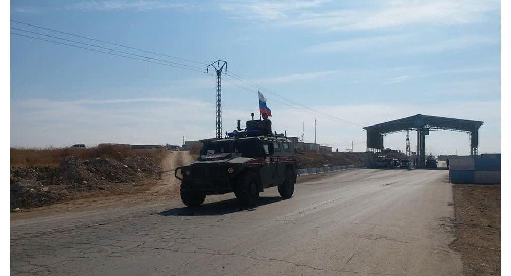 Rus askeri polisi Kobani'ye girdi