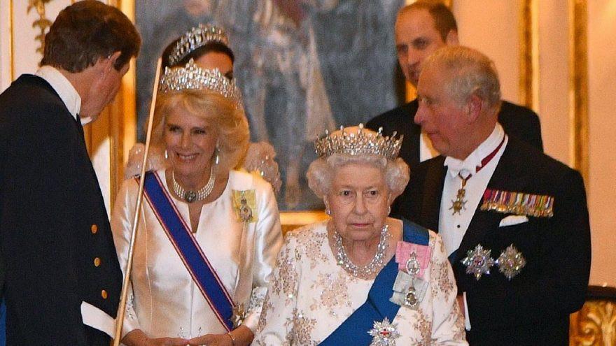 Terzisi Kraliçe Elizaneth'i anlattı: 775 odalı sarayı var ama...