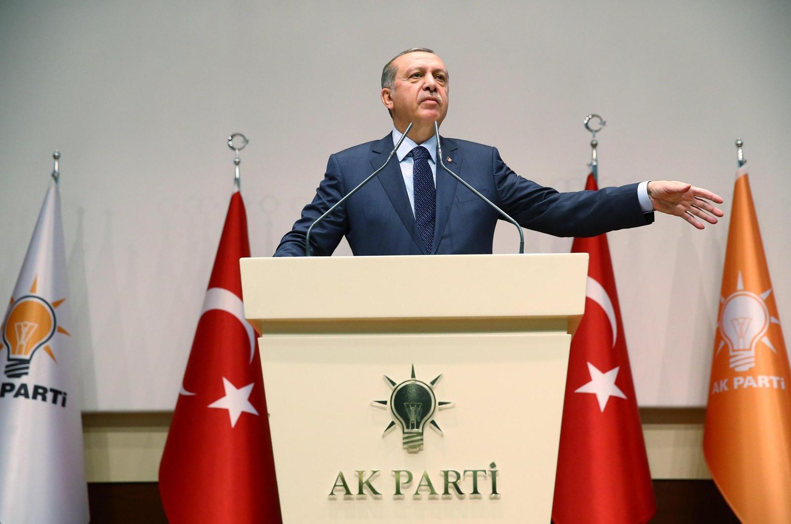 Erdoğan'ın ''yüzde 40'' çıkışı AK Parti'de tartışma yarattı