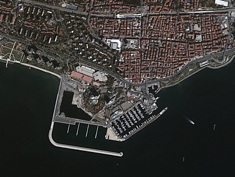 Yerli Göktürk-2 uydusu İstanbul'u uzaydan görüntüledi