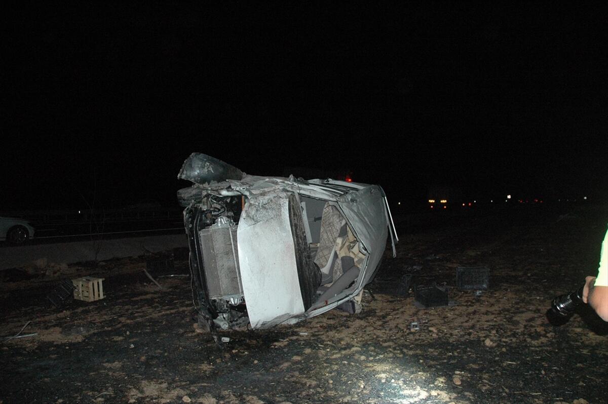 Diyarbakır'da feci kaza: 2 ölü, 4 yaralı