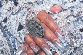 Bülent Ersoy'un yüzüğünün değeri dudak uçuklattı