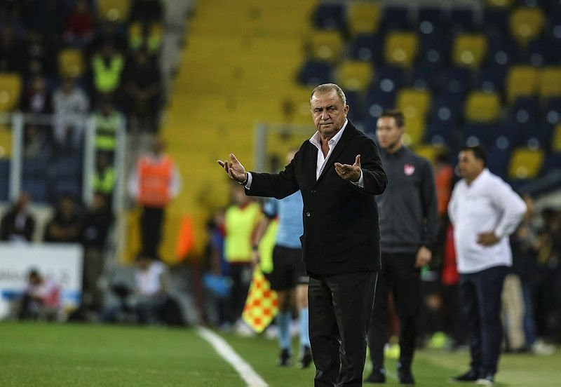 Galatasaray teknik heyetinden flaş itiraf
