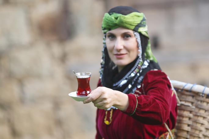 Düzenli çay içenlerin beyin sağlığı araştırıldı