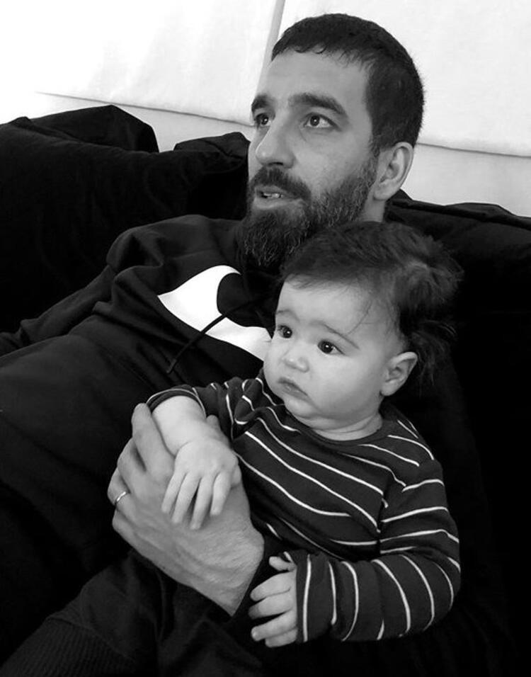 Arda Turan ikinci kez baba oluyor