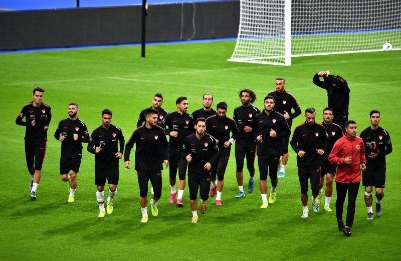 Şenol Güneş'ten sürpriz karar! İşte Türkiye İzlanda maçı ilk 11'i