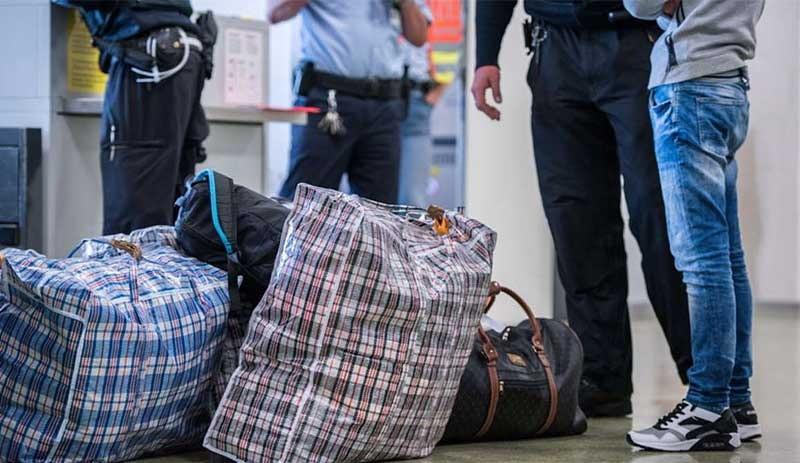 7 bine yakın Türk vatandaşı Almanya'yı terk etti
