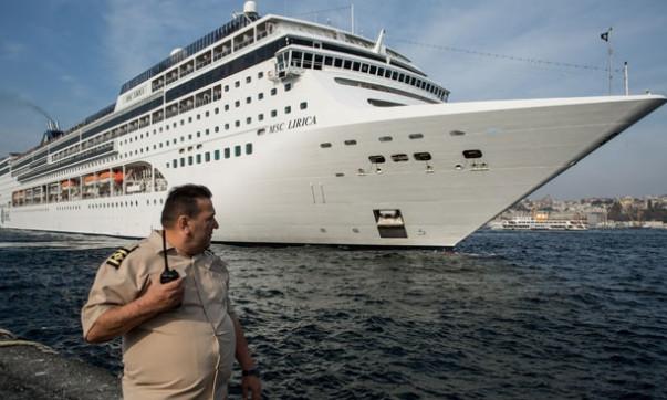 2 bin yolculu dev kruvaziyer İstanbul'da