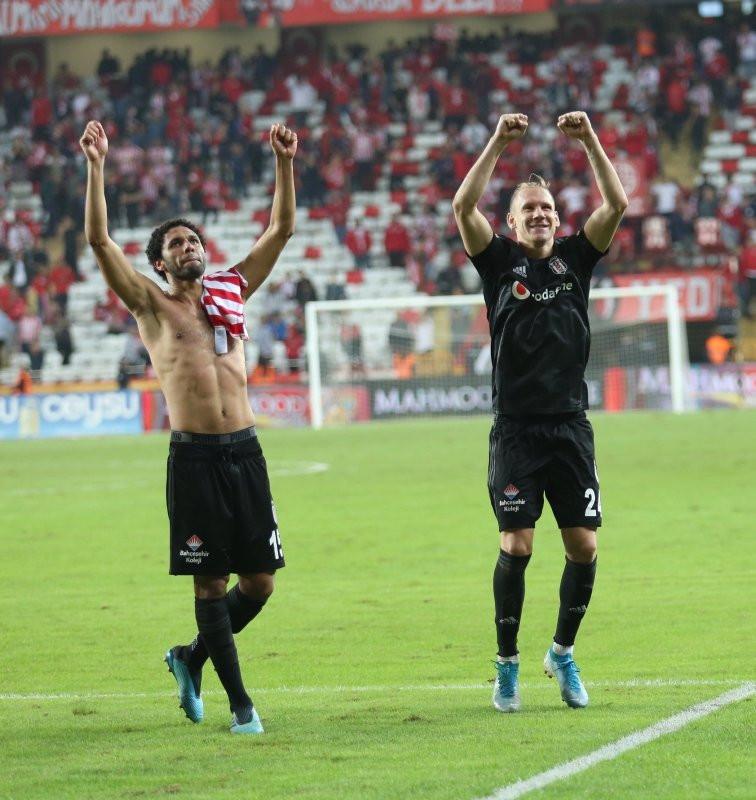 Beşiktaş'tan flaş Vida kararı!