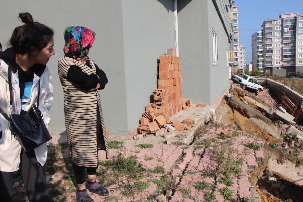 Samsun'da faciadan dönüldü ! 6 katlı bina boşaltıldı