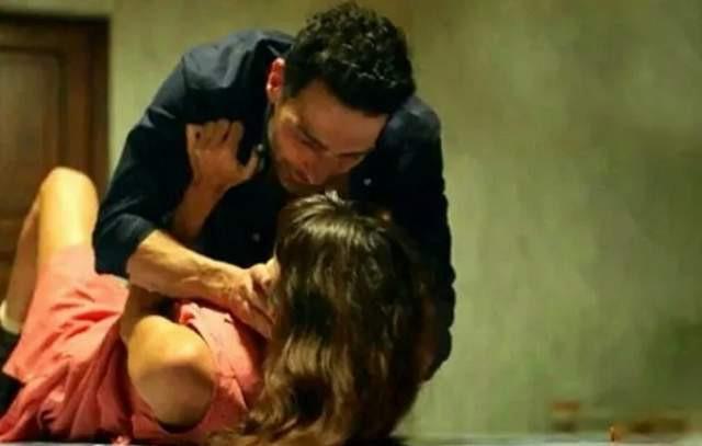 Murat Dalkılıç'a sevgilisi Hande Erçel'in tecavüz sahnesi soruldu
