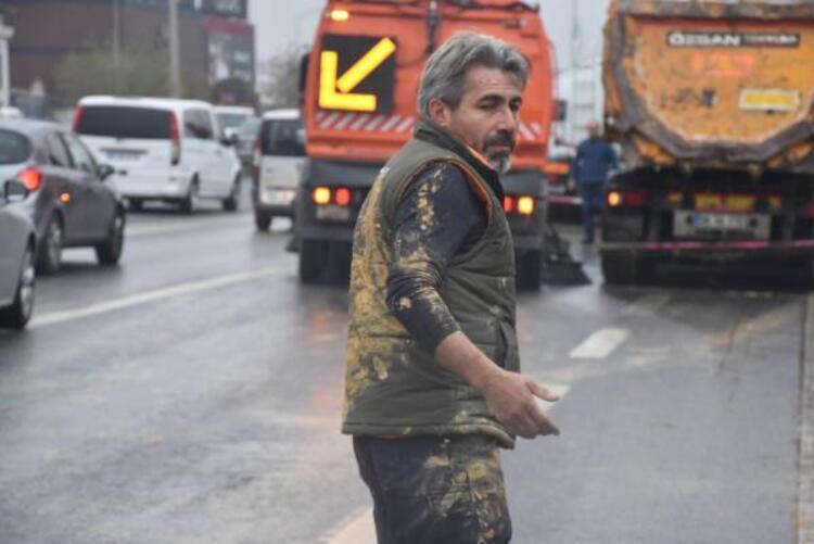 İstanbul trafiğinde akılalmaz olay! Gören inanamadı