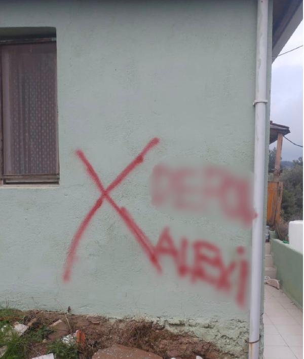 İzmir'de Alevilerin evlerini işaretlediler