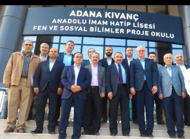 Erdoğan'ın danışmanı FETÖ zanlısıyla yanyana görüntülendi