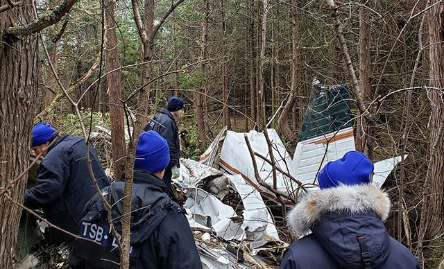 Kanada'da uçak düştü, 3'ü çocuk 7 kişi öldü