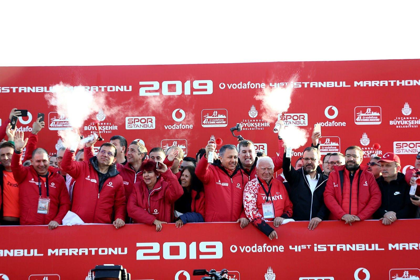 Vodafone 41. İstanbul Maratonu'ndan kareler