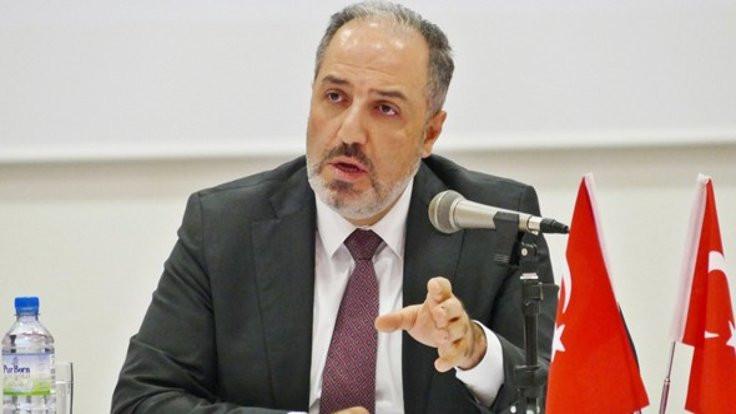 Mustafa Yeneroğlu'nun istifası AK Parti'yi ikiye bölündü