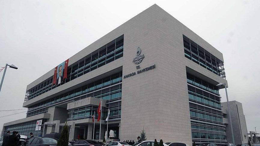 Anayasa Mahkemesi'ne SGK cezası