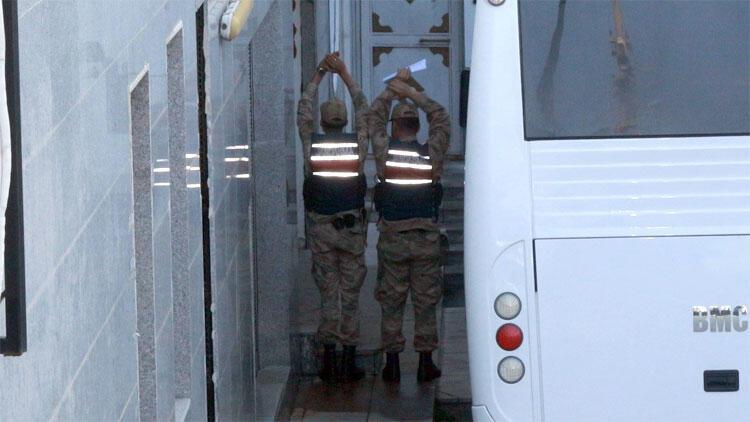 Jandarma görüntü alınmasını böyle engelledi