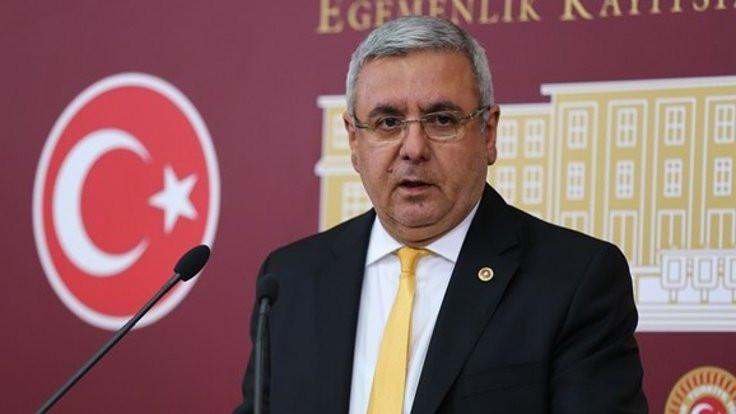 Mehmet Metiner'den bir Arınç çıkışı daha: ''Acınacak hale düşeriz''