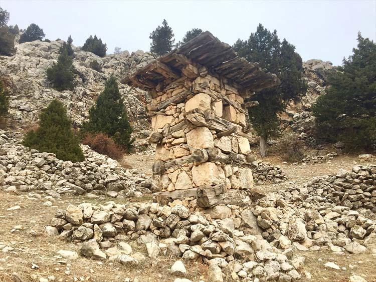 Konya'nın tarihi kuleleri görenleri şaşırtıyor