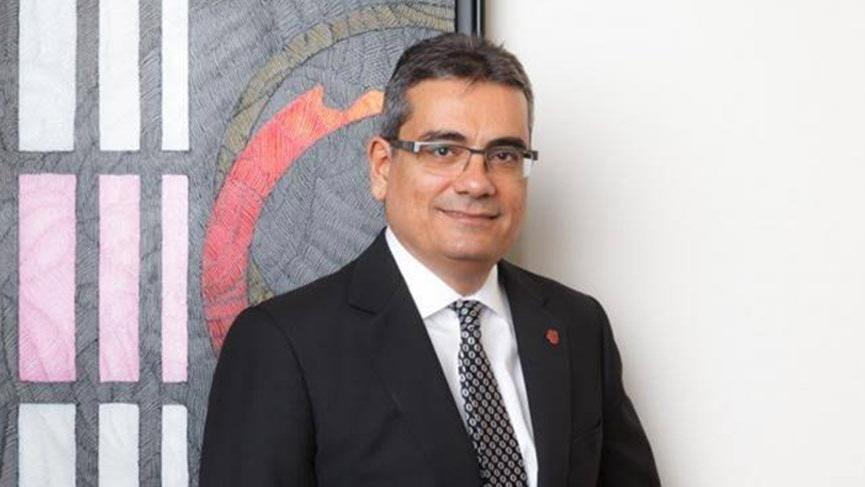 Ünlü bankacı Davutoğlu'nun ekibinde yer aldı