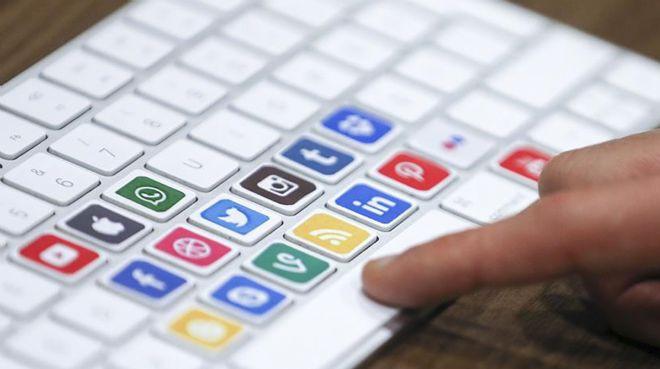 Yargıdan emsal karar: İş yerinde sosyal medyaya giren çalışana kötü haber!