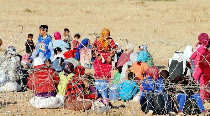 5 günde 80 bin Suriyeli Türkiye sınırına göç etti