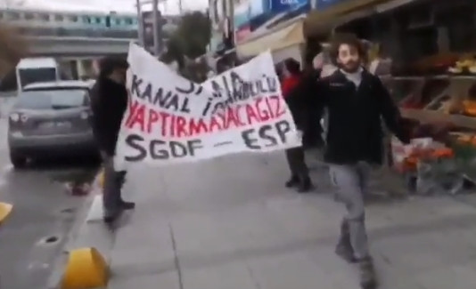 AK Parti önünde Kanal İstanbul protestosuna gözaltı